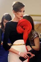Alfombra roja de los premios Goya 2013: Nieves Álvarez y la sofisticación de los labios rojos
