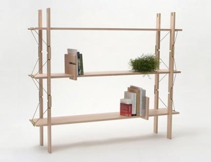 ¿Qué son 12 piezas de madera y 2 cordones?