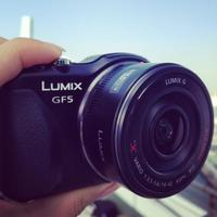 La Panasonic GF5 estará lista en Abril