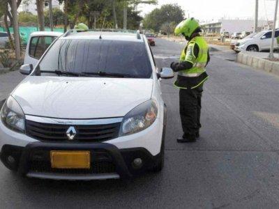 ¿La Policía de Colombia le declaró la guerra a Uber?