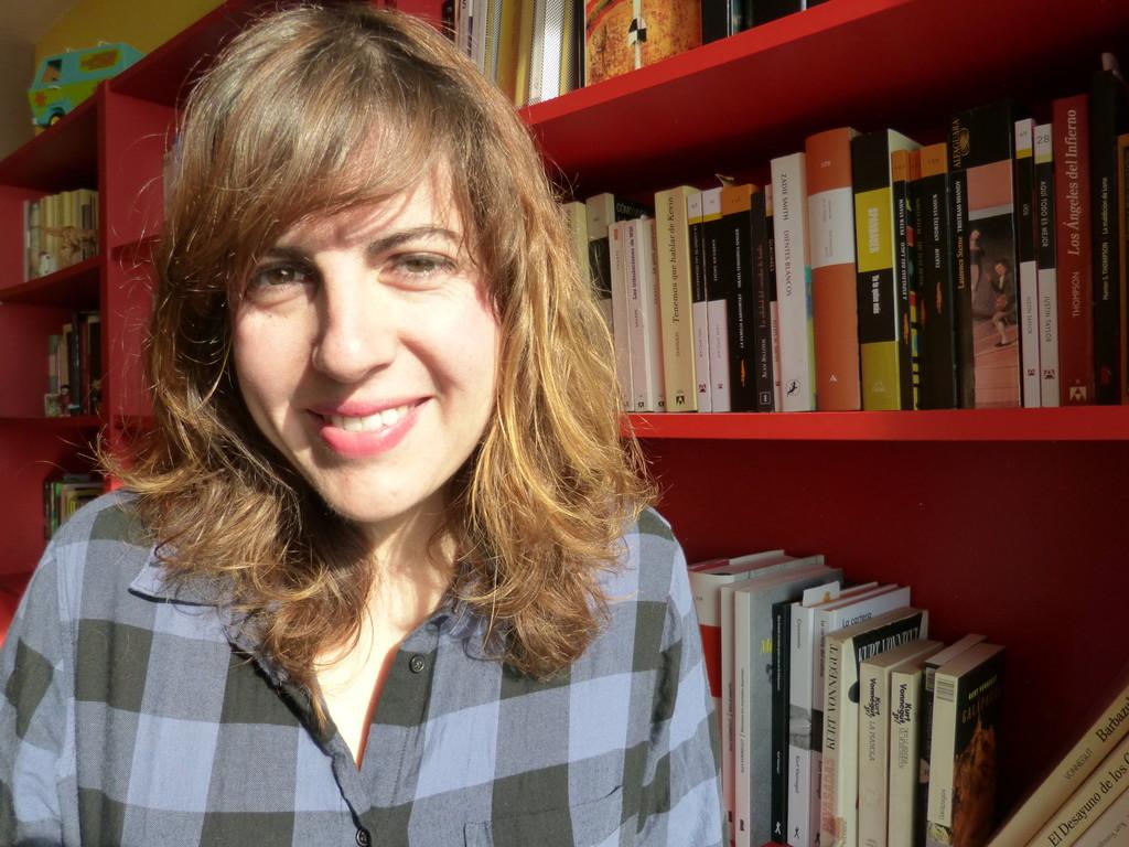 La escritora Laura Fernández.