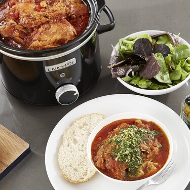 Guisos y carnes al nivel de tu abuela con esta olla Crock-Pot rebajadísima en Amazon perfecta para uno (o para dos)