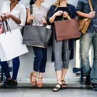 La peor pesadilla de Amazon: los consumidores de EEUU vuelven a encontrar sexy comprar en tiendas físicas
