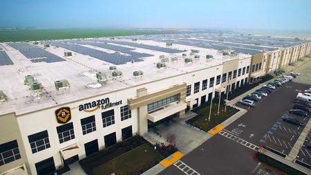 """Amazon y su plan más """"verde"""": de 15 a 50 instalaciones solares funcionando entre 2017 y 2020"""