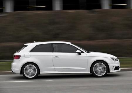 Audi S3 2014 800x600 Wallpaper 19
