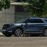 El nuevo Ford Explorer ya tiene precio en España: un SUV híbrido enchufable de 7 plazas con sabor americano desde 79.350 euros