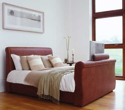 La cama con televisor incorporado