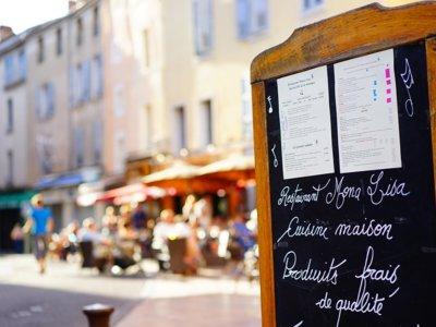 ¿Y si te dejas llevar por tu estómago? Como viajar por Europa comiendo en los mejores restaurantes (y a buen precio)