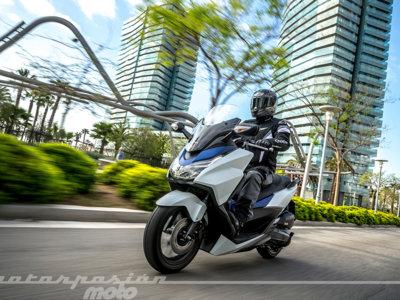Inglaterra quiere reducir los accidentes de moto replanteando los carnets y la formación de los motoristas