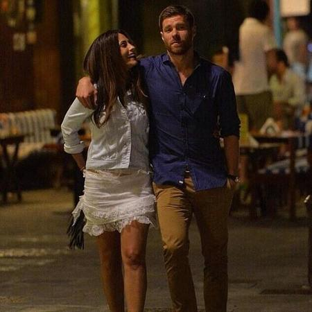 Cinco años de matrimonio <em>made in</em> Xabi Alonso: ¡Pero qué monérrimos!