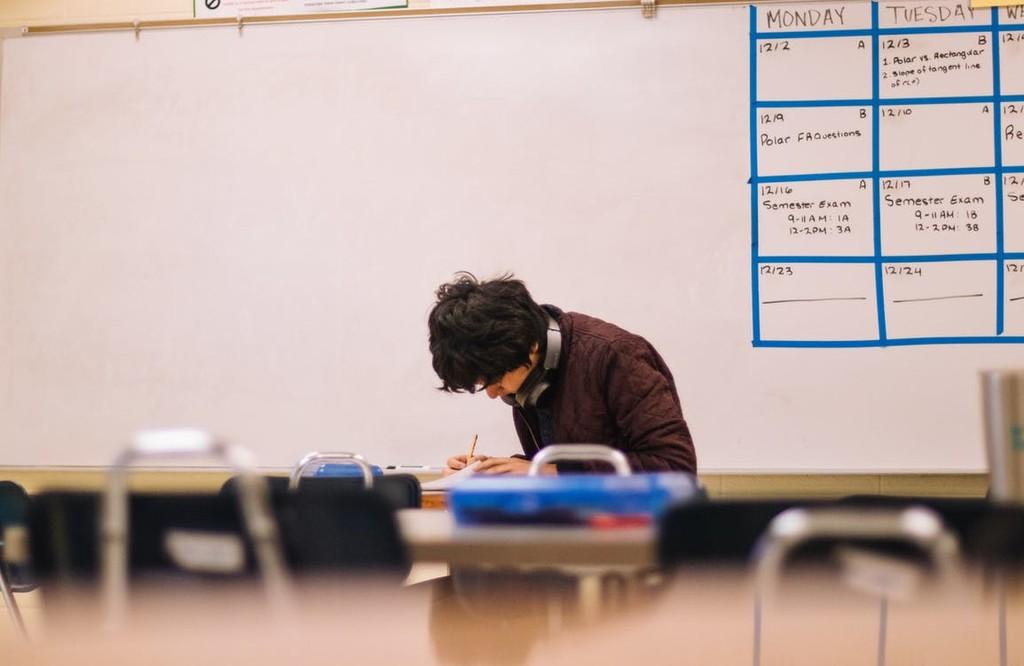 Tras verse obligadas a dar las clases online, las universidades deberán afrontar un nuevo reto: hacer los exámenes por Internet