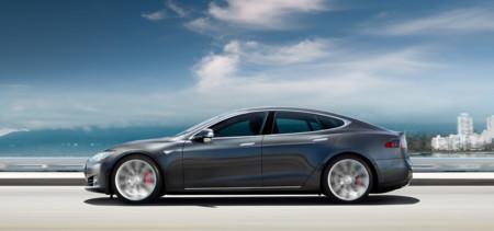 Próxima meta para Tesla: superar los 600 kilómetros de autonomía con Model S y Model X