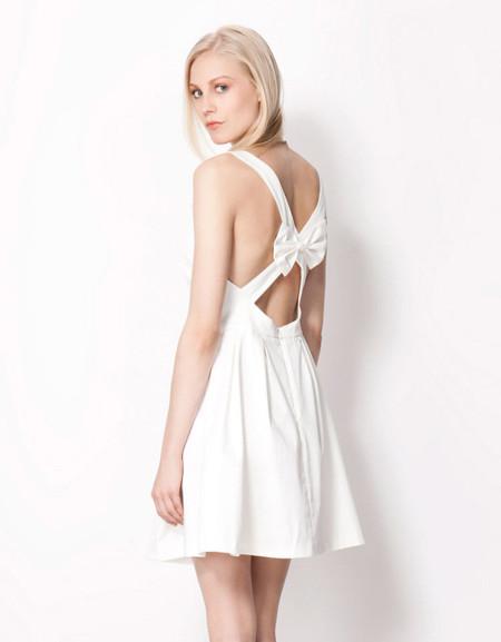 Vestido romántico Bershka verano
