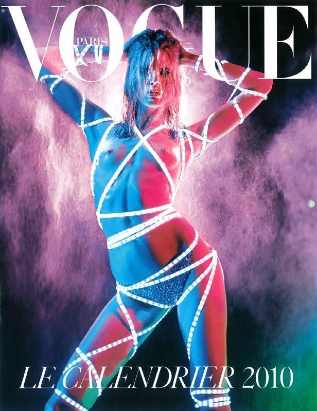 Foto de El calendario 2010 de Vogue París: erotismo y desnudos de las mejores modelos (1/13)