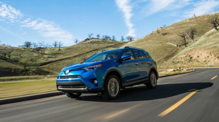 Toyota Rav4 Hybrid 2016 03 1440px