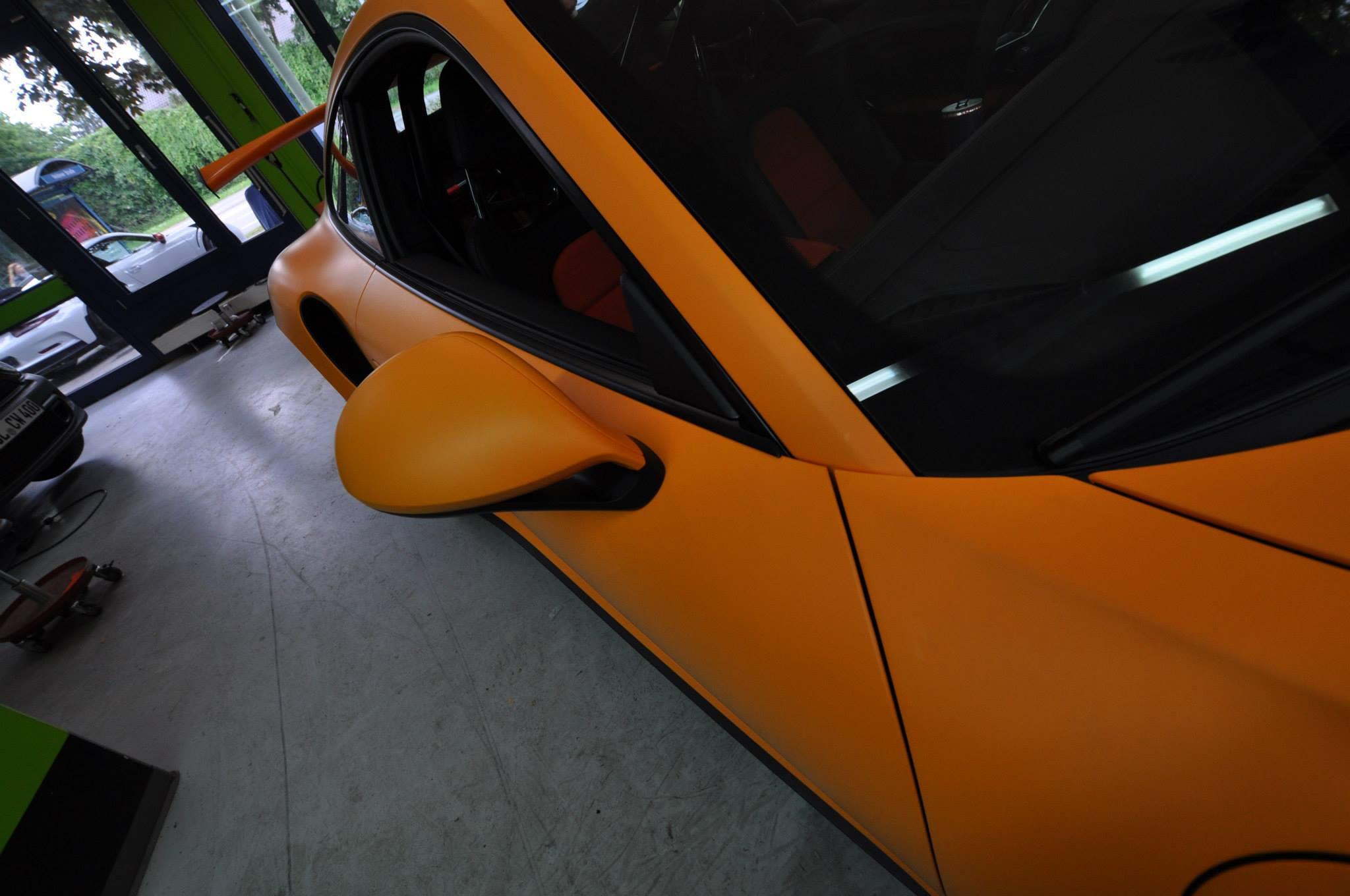 Foto de Porsche 911 GT3 RS naranja mate (11/12)