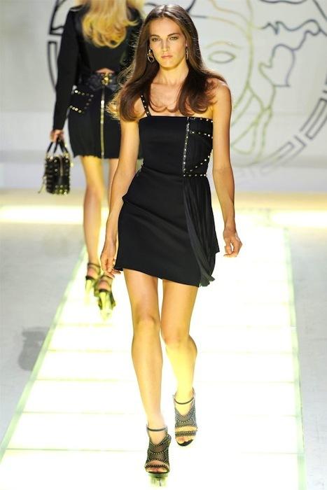 Foto de Versace Primavera-Verano 2012 (35/44)