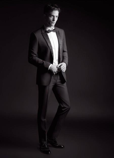 Robert Pattinson Regresa Como Un Icono Para La Coleccion Black Carpet De Dior Homme