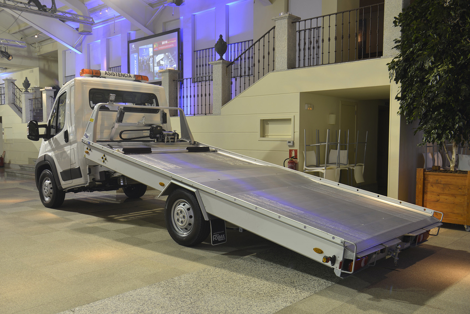 Foto de Peugeot gama comerciales y transformados (22/42)