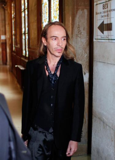 John Galliano gana el primer asalto a Dior en el juicio por su supuesto despido improcedente