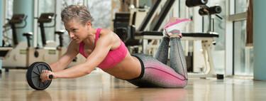 exercices abdominaux, pression sur les genoux avec et sans accessoires, pour travailler le buste et votre zone médiane