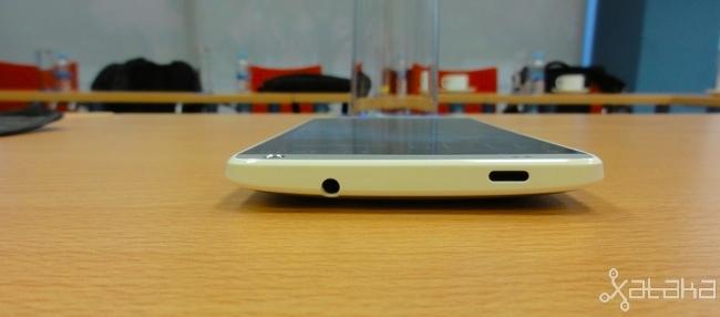 HTC One max, diseño