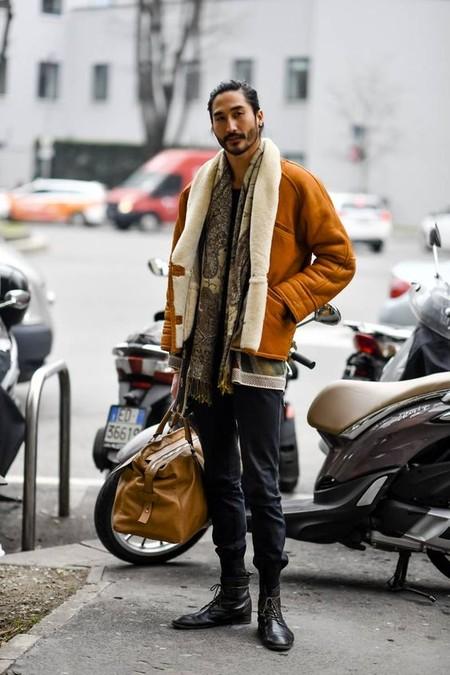 La Chaqueta Shearling Corona El Desenfado En Los Looks Del Mejor Street Style De La Semana 09