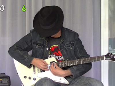 ¿Se puede tocar la guitarra como si llevases el F1 de Fernando Alonso? Estos videos demuestran que sí
