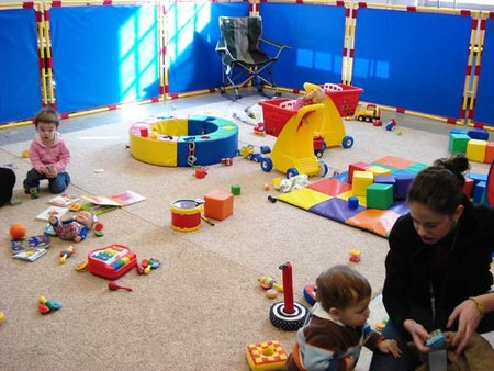 Los niños que van a la guardería tienen el doble de riesgo de padecer otitis, neumonía y virasis