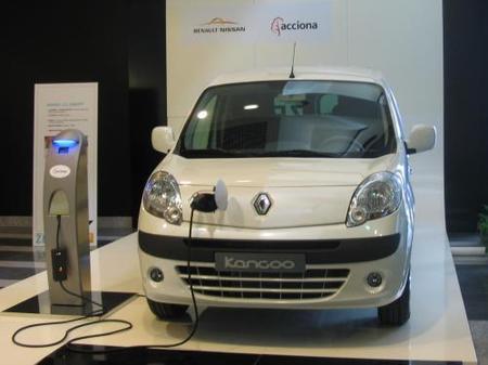 La alianza Nissan-Renault y Acciona potenciarán la implantación del vehículo eléctrico