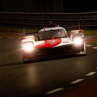 El Toyota #7 domina la noche de las 24 Horas de Le Mans; pelea por el podio entre Alpine y Glickenhaus