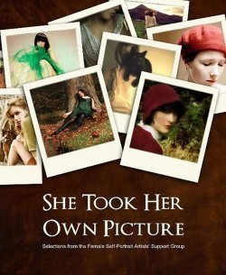 De la pantalla al papel: She took her own picture