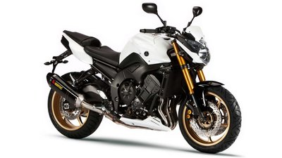 Motorpasión a dos ruedas: Yamaha FZ8 Sport y S Sport, nakeds a la japonesa