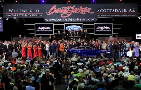 Subastan nuevo Ford Mustang 2015