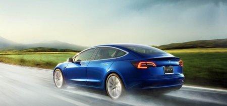 """""""Para 2020 podremos dormir mientras el coche conduce"""", Elon Musk promete que la conducción autónoma de Tesla llegará el próximo año"""