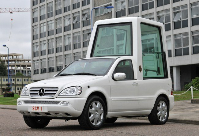 Papamóvil Mercedes Clase M