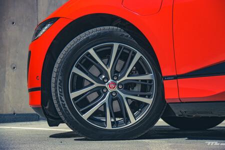 Jaguar I Pace 19