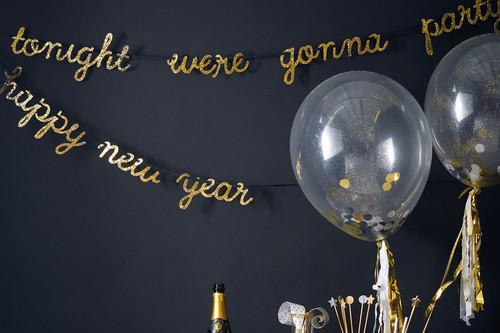 ¡Nos gusta el brilli brilli! Y nada mejor que poner un poco de dorado para despedir el año con glamour