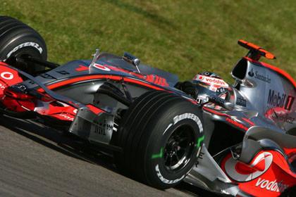 El Campeón gana y se desata en Nurburgring