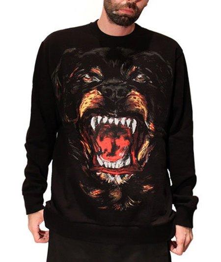 Givenchy, un Rottweiler en tu camiseta