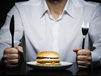 Trucos y consejos para controlar la alimentación emocional