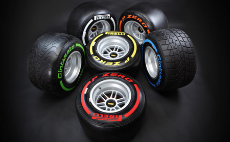 Los pilotos esperan más paradas en boxes en 2013