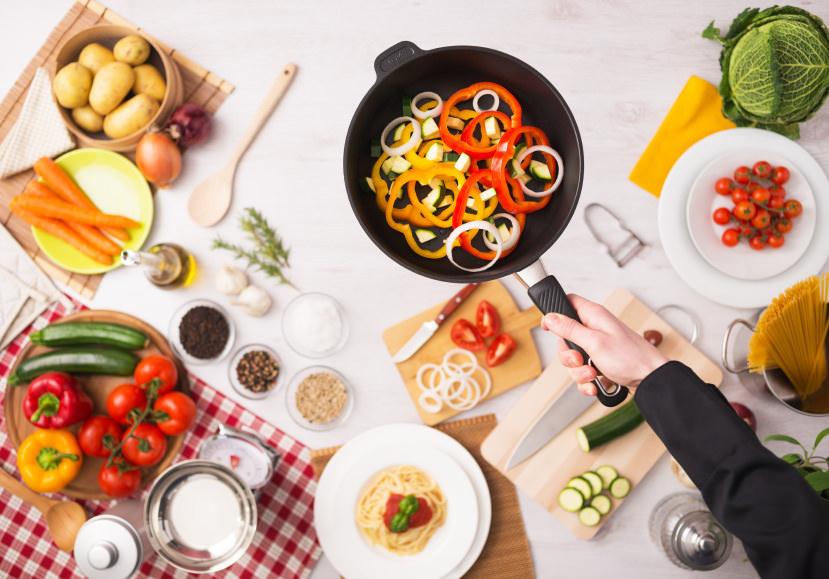 La mejor manera de comprar cocinar y conservar alimentos for Cocinar para 9 personas