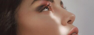 Esta Navidad Selena Gomez quiere poner bajo el árbol las preciosas paletas de sombras su colección de maquillaje, Rare Beauty