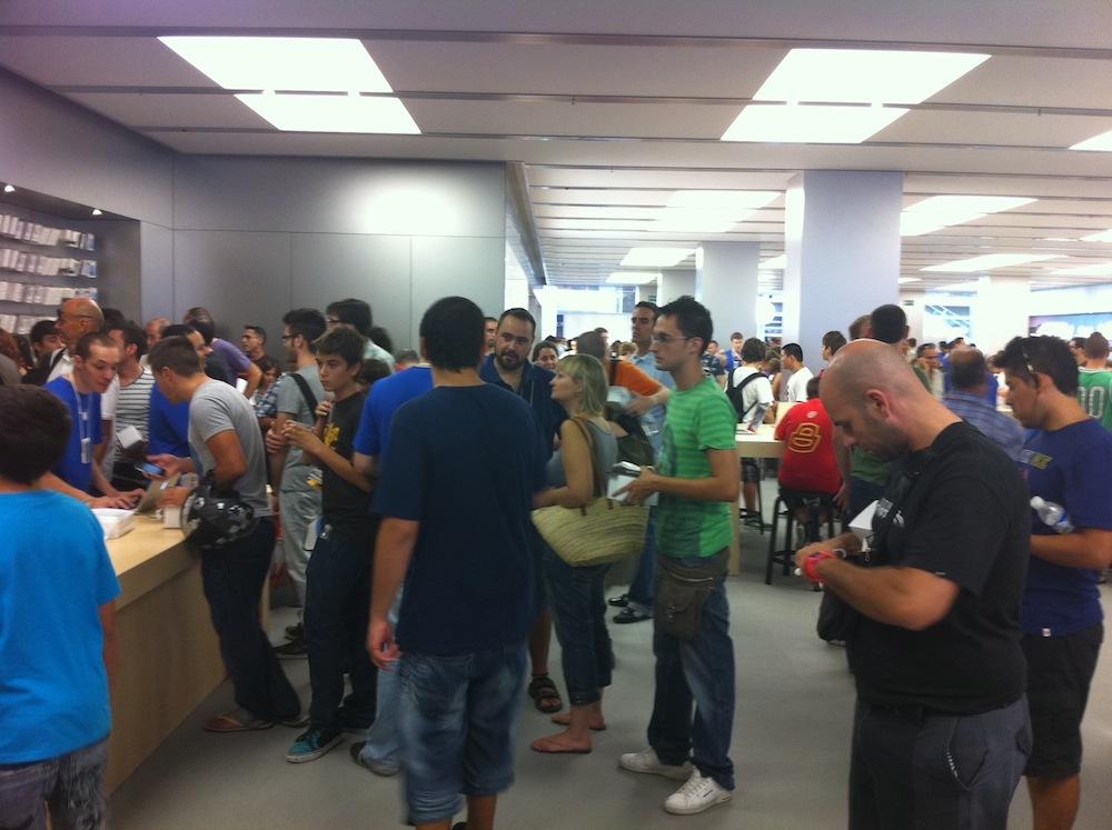 Foto de Inauguración Apple Store La Maquinista (76/93)