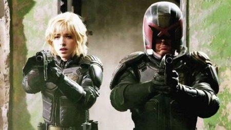 Olivia Thirlby y Karl Urban en una escena de Dredd