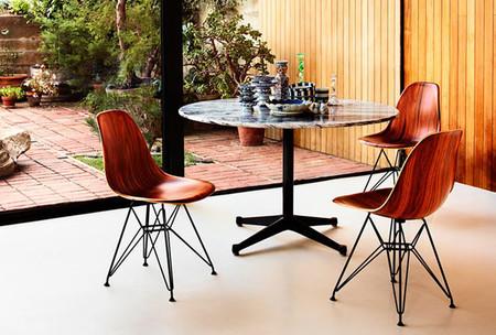 Las sillas Eames DSW y DSR, ahora también disponibles en madera
