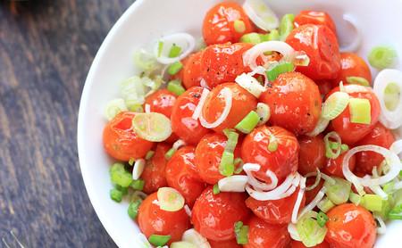 Ensalada de jitomates cherry asados. Receta