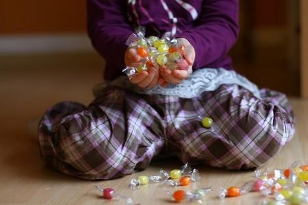 Prohíben venta de alimentos con alto contenido calórico a niños en Oaxaca
