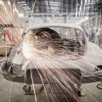 Cada vez es más fácil restaurar un clásico, sobre todo un Jaguar E-Type